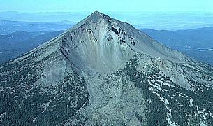 File source: http://commons.wikimedia.org/wiki/File:Mount_McLoughlin_aerial.jpg